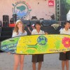 kids-involved-in-surf-painting-competition